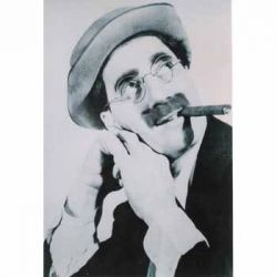 Groucho Marx - smoking