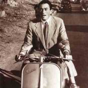 Roman Holiday, Vespa